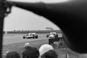 Henri Pescarolo, March 711 Ford, Howden Ganley, BRM P153