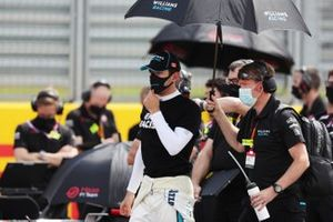 Nicholas Latifi, Williams Racing, stands against racism on the grid