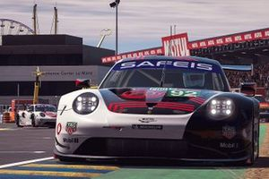 #92 Porsche Esports Team Porsche 911 RSR: Jaxon Evans, Matt Campbell, Mack Bakkum, Jeremy Bouteloup