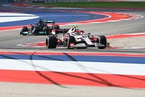 Антонио Джовинацци, Alfa Romeo Racing C41, Льюис Хэмилтон, Mercedes W12