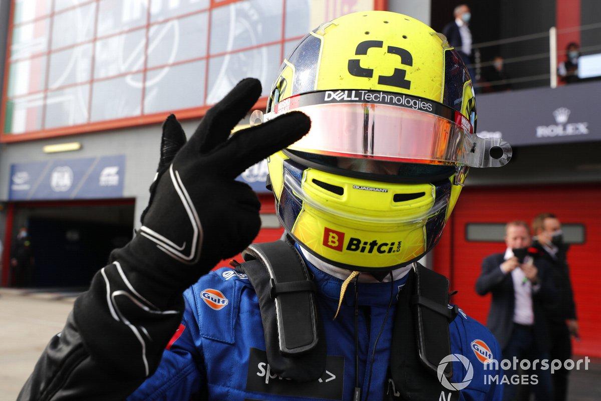 Tercer lugar Lando Norris, McLaren MCL35M