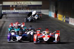 Alexander Sims, Mahindra Racing, M7Electro, Jake Dennis, BMW I Andretti Motorsport, BMW iFE.21