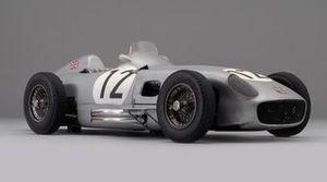 Maqueta a escala 1:8 del Mercedes W196 de Sir Stirling Moss