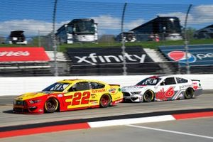Joey Logano, Team Penske, Ford Mustang Shell Pennzoil, Ryan Newman, Roush Fenway Racing, Ford Mustang Guaranteed Rate