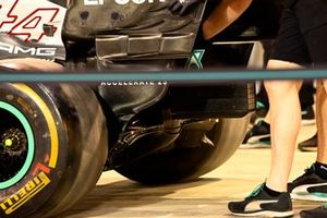 Mercedes W12 diffuser