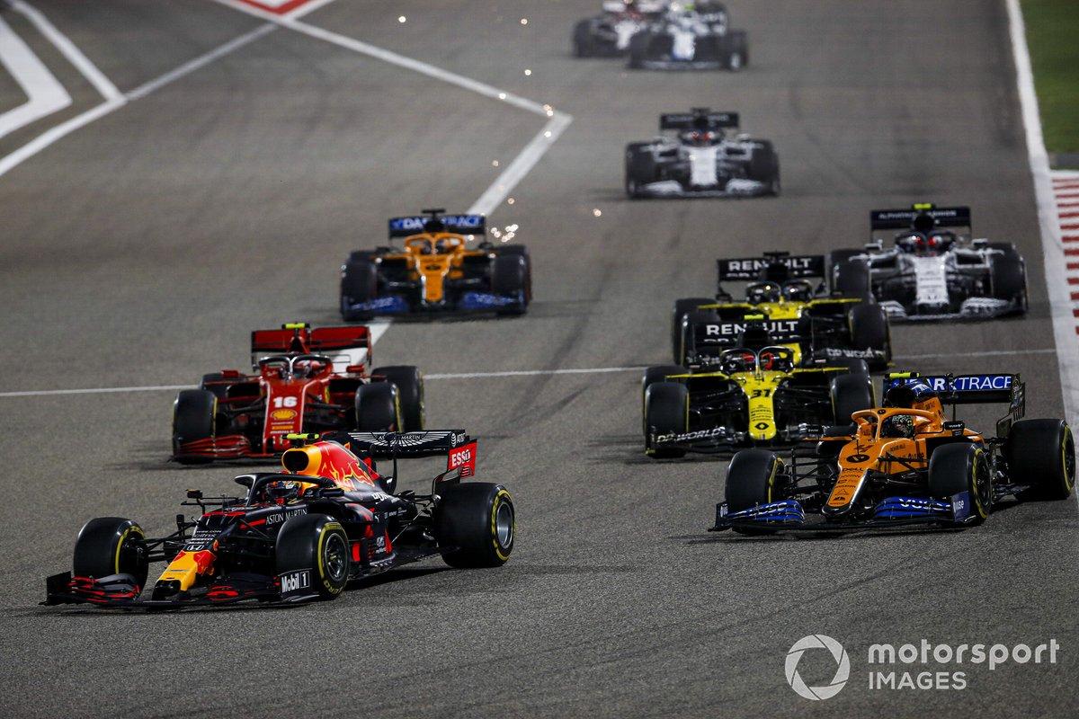 Alex Albon, Red Bull Racing RB16, Lando Norris, McLaren MCL35, Charles Leclerc, Ferrari SF1000, Esteban Ocon, Renault F1 Team R.S.20, e Daniel Ricciardo, Renault F1 Team R.S.20