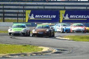Corrida 1 em Curitiba - Carrera Cup