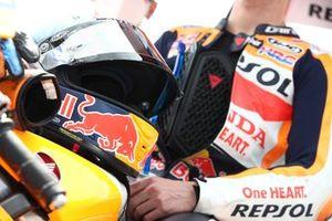 Helmet of Pol Espargaro, Repsol Honda Team