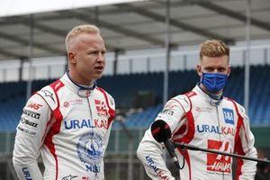 Никита Мазепин, Haas F1, и Мик Шумахер Haas F1