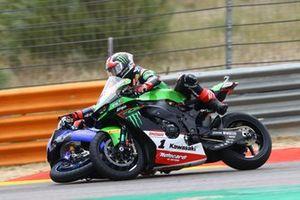Crash of Jonathan Rea, Kawasaki Racing Team WorldSBK, Garrett Gerloff, GRT Yamaha WorldSBK Team
