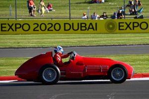Marc Gene al volante della Ferrari 375 del 1951
