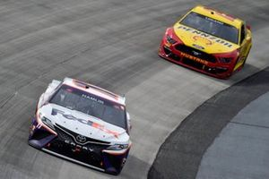 Denny Hamlin, Joe Gibbs Racing, Toyota Camry FedEx Office, Joey Logano, Team Penske, Ford Mustang Shell Pennzoil