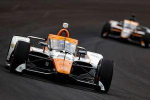 Juan Pablo Montoya, Arrow McLaren SP Chevrolet, Rinus VeeKay, Ed Carpenter Racing Chevrolet