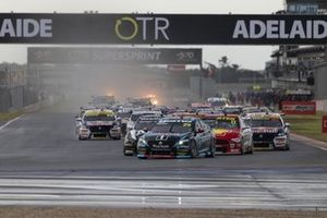 Start action, Chaz Mostert, Walkinshaw Andretti United Holden leads