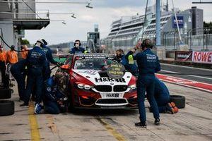 #191 Hofor Racing by Bonk Motorsport BMW M4 GT4: Michael Fischer, Gabriele Piana, Michael Schrey