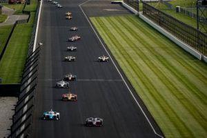 Helio Castroneves, Meyer Shank Racing Honda, Alex Palou, Chip Ganassi Racing Honda, Alexander Rossi, Andretti Autosport Honda