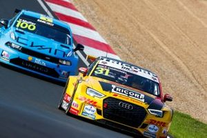 Tom Coronel, Comtoyou DHL Team Audi Sport Audi RS3 LMS, Yvan Muller, Cyan Racing Lynk & Co 03 TCR