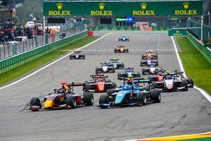 Dennis Hauger, Hitech Grand Prix y Matteo Nannini, Jenzer Motorsport