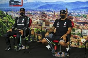 Valtteri Bottas, Mercedes-AMG F1 and Pole Sitter Lewis Hamilton, Mercedes-AMG F1 in the press conference