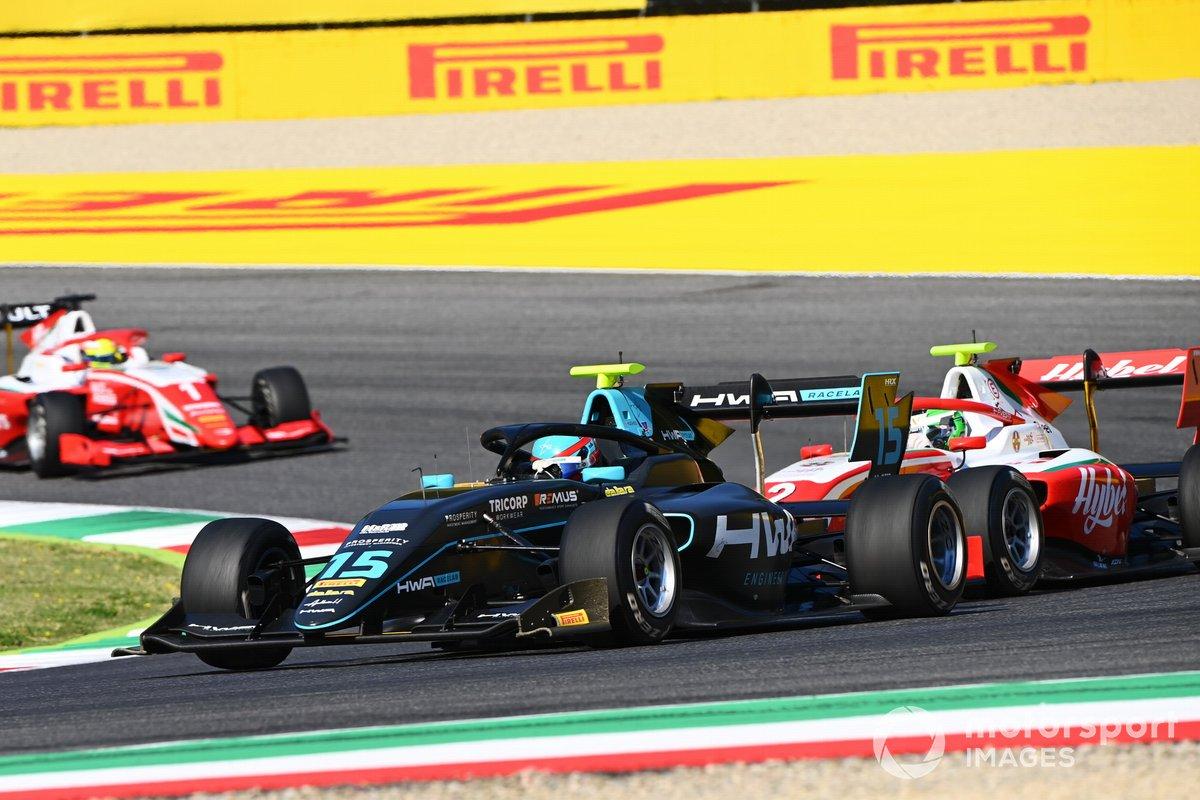Jake Hughes, HWA Racelab precede Frederik Vesti, Prema Racing