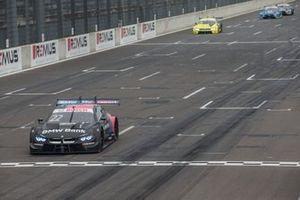 Race winner Lucas Auer, BMW Team RMG, BMW M4 DTM