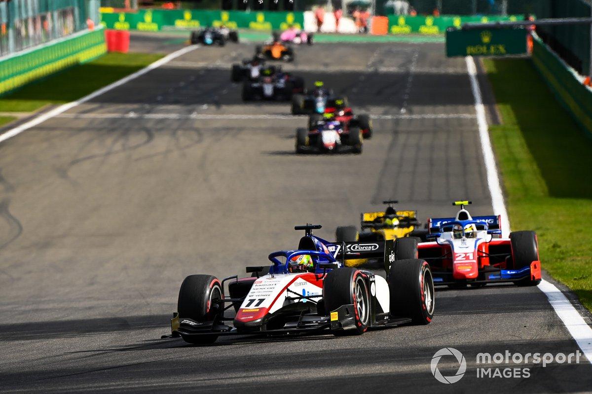 Louis Deletraz, Charouz Racing System, Robert Shwartzman, Prema Racing, Guanyu Zhou, UNI-Virtuosi