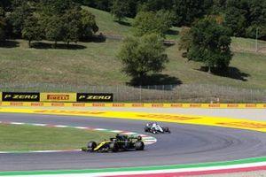 Daniel Ricciardo, Renault F1 Team R.S.20, George Russell, Williams FW43
