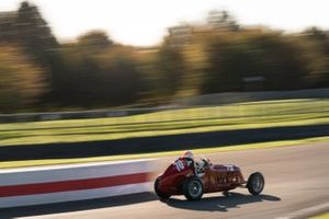 Trofeo Goodwood: Simon Edwards, 1935 Maserati 4CM