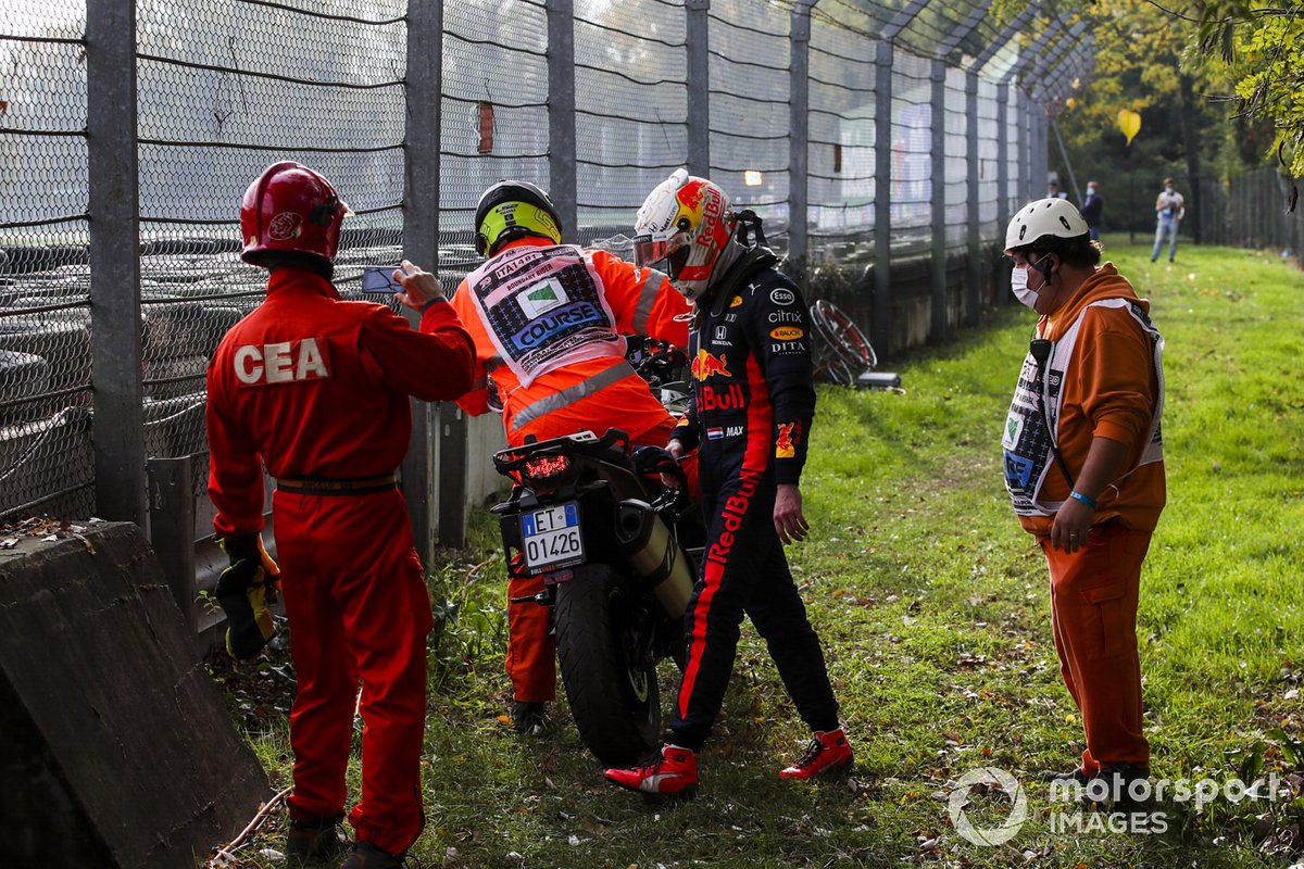 Max Verstappen, Red Bull Racing dopo essersi ritirato dalla gara