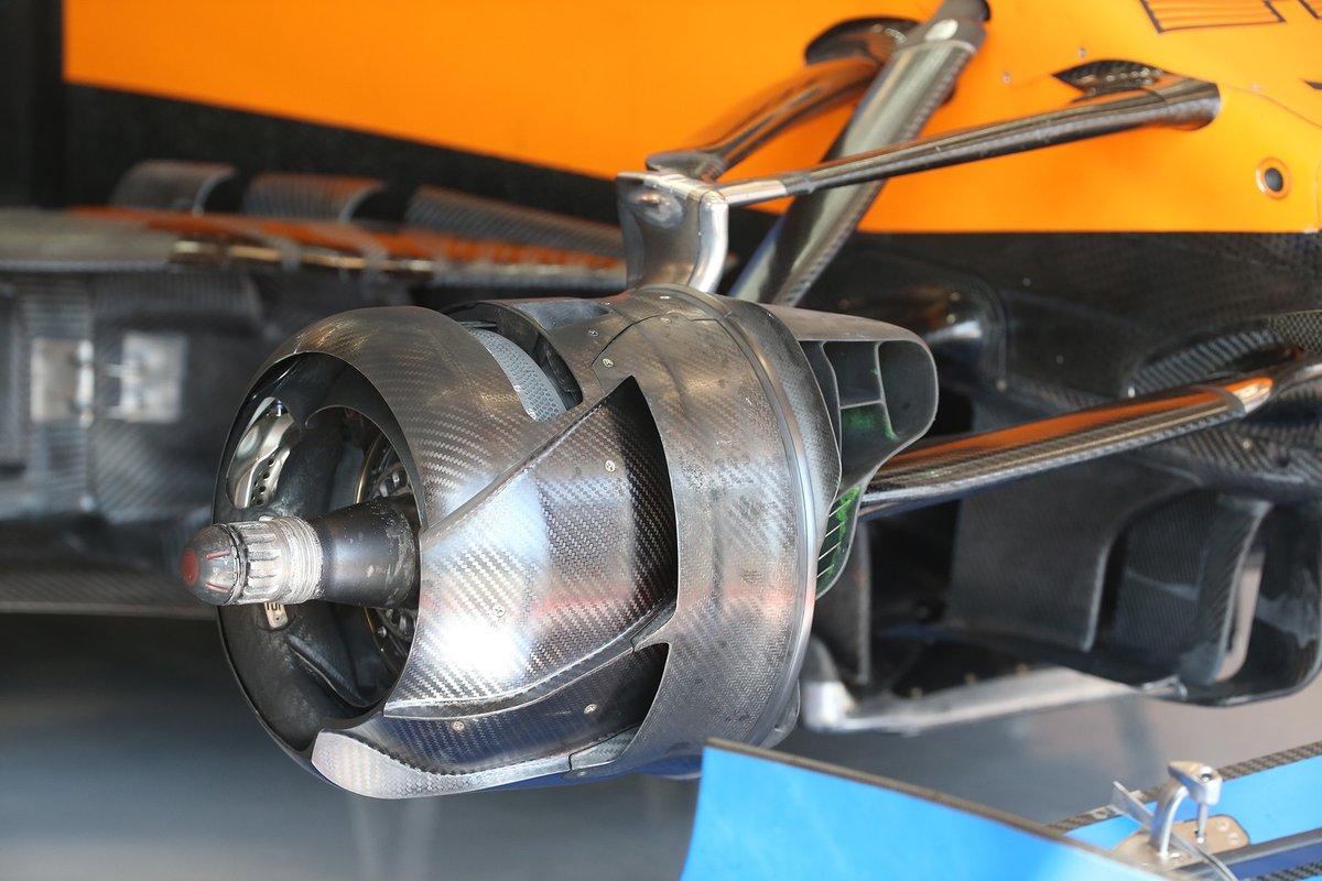 Freno delantero McLaren MCL35
