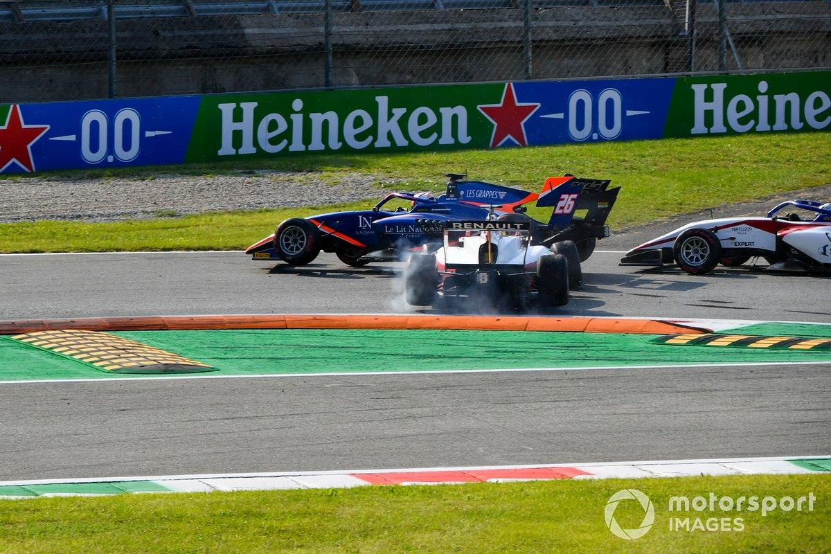 Incidente di Clement Novalak, Carlin e Oscar Piastri, Prema Racing