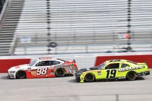 Chase Briscoe, Stewart-Haas Racing, Ford Mustang Go Bowling Brandon Jones, Joe Gibbs Racing, Toyota Supra Menards/Inspire