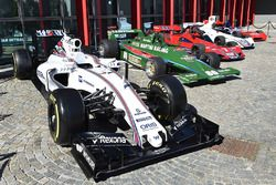 Williams FW38 and Martini vintage collection