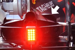 Detail Doppelter Ausgang, Red Bull Racing