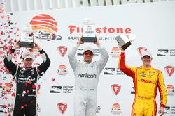 Podium: race winner Juan Pablo Montoya, Team Penske Chevrolet, second place Simon Pagenaud, Team Penske Chevrolet, third place Ryan Hunter-Reay, Andretti Autosport Honda