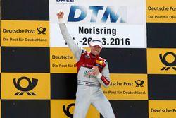 Podyum: Yarış galibi Edoardo Mortara, Audi Sport Team Abt Sportsline, Audi RS 5 DTM