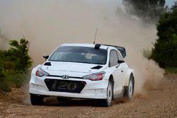 Essais de la Hyundai i20 WRC 2017
