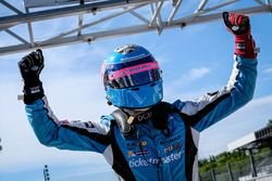 Il vincitore della gara Max Defourny, R-ace GP