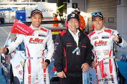 GT300 winners Kazuki Hoshino, Jann Mardenborough, Nddp Racing in parc ferme