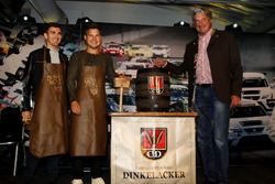 #29 Montaplast by Land-Motorsport, Audi R8 LMS: Connor De Phillippi, Christopher Mies und Hermann To