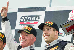 GT podium: winner Johnny O'Connell, Cadillac Racing, third place Michael Cooper, Cadillac Racing