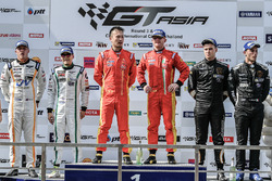 Podium: second place, Duncan Tappy, Vutthikorn Inthrapuvasak, Bentley Team Absolute, race winners, Davide Rizzo, Anthony Liu, BBT, third place, Andrea Amici, Edo Liberati, FFF Racing Team by ACM