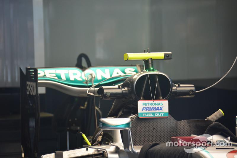Mercedes AMG F1 W07 Hybrid, Airbox e ala posteriore