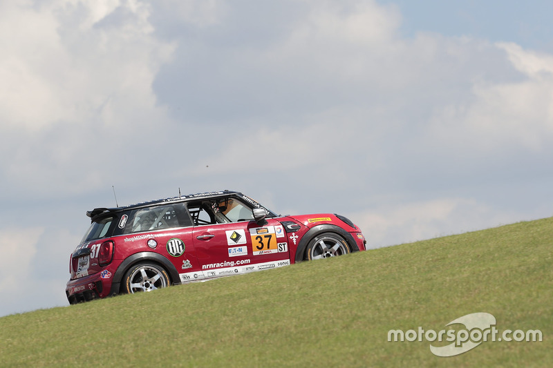 37 Mini Jcw Team Mini Cooper John Cooper Works Mark Pombo Austin