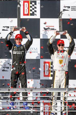 Winner, Simon Pagenaud, Team Penske Chevrolet, third place Josef Newgarden, Ed Carpenter Racing Chevrolet