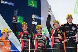 Podio LMP2: al secondo posto #43 RGR Sport by Morand Ligier JSP2 - Nissan: Ricardo Gonzalez, Filipe