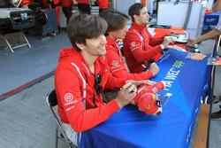 #44 Manor, Oreca 05 - Nissan: Matthew Rao, Richard Bradley, Roberto Merhi
