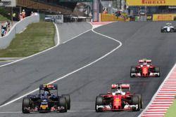 Carlos Sainz, Scuderia Toro Rosso y Sebastian Vettel, Scuderia Ferrari