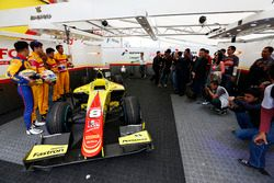 Philo Paz Armand, Trident; Antonio Giovinazzi, PREMA Racing; Mitch Evans, Pertamina Campos Racing e