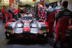 #7 Audi Sport Team Joest Audi R18 and Dr. Wolfgang Ullrich, Head of Audi Sport
